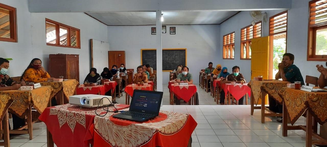 Sosialisasi Penghapusan dan Penggabungan SD di Desa Sokoagung